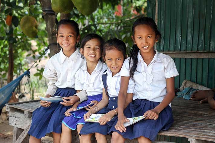 世界展望會積極維護弱勢女童上學權益,落實兒童平等權利。