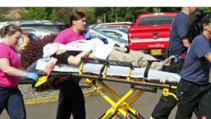 美國奧勒岡州羅斯堡發生校園槍擊案,槍手進入一所社區大學行兇殺人,目標衝著基督徒而來,造成9死7傷的悲劇。