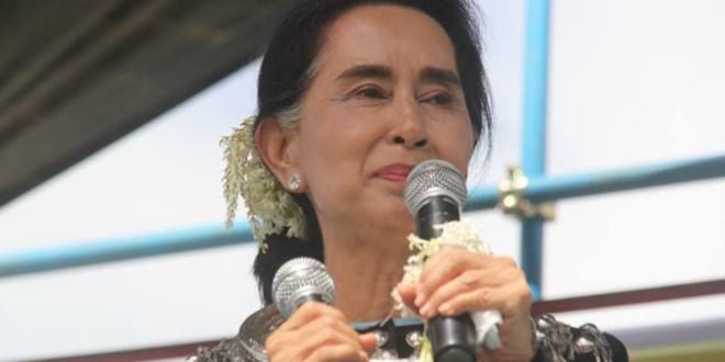 翁山蘇姬受限法令,無緣參選緬甸總統。