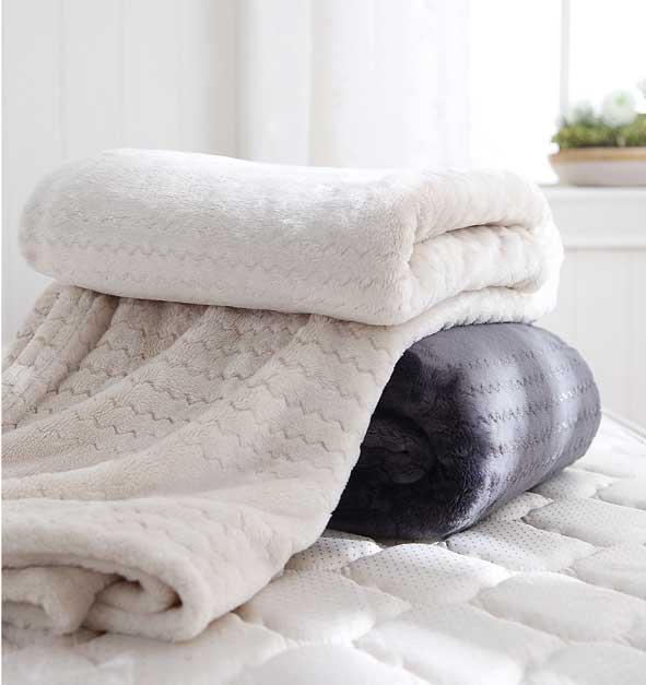 亮絲法蘭絨毯海-單人 原價1,980元 特價1,200元再5折