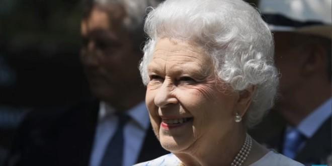 根據消息指出,2013年英國通過同性婚姻法,其實私底下,英國女王是反對同性婚姻的。