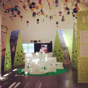 赫爾辛基市中心專門展覽城市規畫的場地「Laituri」(碼頭),與赫爾辛基兒童與青少年建築學校Arkki的成果展開幕日!(圖片來源:Laituri臉書 )