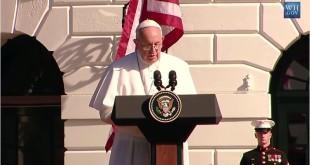2015年教宗拜訪美國,並於白宮前針對美古雙方關係發表演說。(翻攝自YouTube)