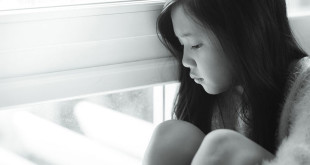 日本有許多年輕女性被誘拐,被脅迫簽約,拍攝成人影片。(圖片來源:123RF)