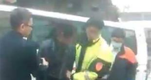 政大搖搖哥日前遭到強制送醫,政大法學院副教授劉宏恩強烈抗議。  圖片來源:劉宏恩臉書
