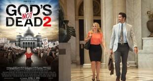 梅麗莎•瓊•哈特飾演的高中女教師衛絲理與麥卡菲則飾演的辯護律師,踏入法院,為其所堅持的真理而戰。(翻攝自Gods's not dead 2臉書)