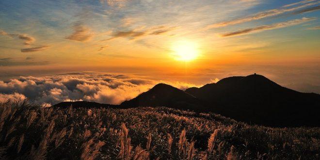 台北大屯山。〈圖片來源:pixabay圖庫〉
