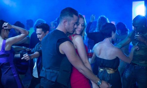 在電影超急情聖裡,男主角Jon錯把戀愛對象當作A片女星來經營感情。(圖片來源:ihavenet)