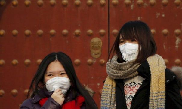北京人時常與髒空氣搏鬥。(圖片摘自網路)