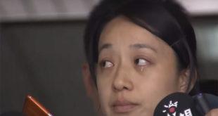 小燈泡一案今天審理,母親出庭。聽到王景玉當庭講犯案過程,小燈泡母親忍不住淚崩。  圖片來源:影片截圖