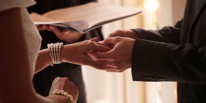 根據調查,婚前守貞,有助於維持婚姻持久。(圖片來源/翻攝自網路)