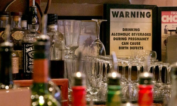 上月紐約巿宣布商家不可拒絕上門買酒的孕婦。(圖片來源:紐約時報)