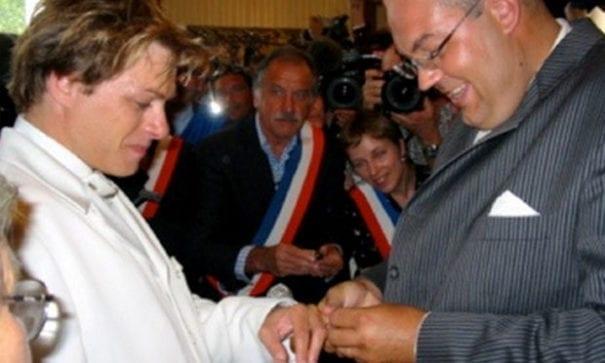 轟動於2004年的貝格勒巿婚禮案,當事者控告法國政府歧視同性戀。(圖片來源:yagg)