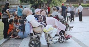 台灣邁入高齡化社會,總統蔡英文13日在民進黨中常會中,要求行政院加速推動長照,於2017年要全面實施。  圖片來源:SungHsuan Wang on flickr