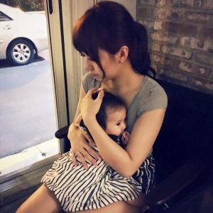 方志友現在一邊拍戲,一邊照顧愛女Mia。(圖片來源:方志友臉書)