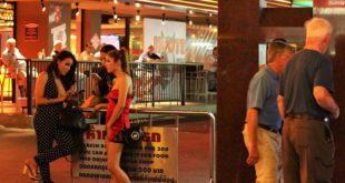 泰國曼谷到處都可見到性工作者在觀光客多的街道找客源。(圖片來源/翻攝自網路)