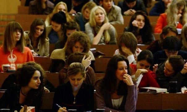 大學在課堂上教學生如何自慰,讓許多學生不能適應。(圖片來源:desinema)