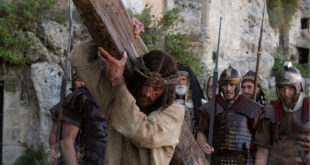 VR讓觀眾更真實、震撼地經歷耶穌的受難過程。(圖片來源:http://autumnvr.com/)