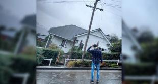 紐西蘭南島達尼丁上的鮑得溫街是世界最陡街道,每年吸引觀光客拍下有趣的照片。(圖片來源:mashable)