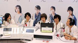 五月天與10年前的歌迷在第四集電台節目上,空中相會。(圖片來源:Hit Fm提供)
