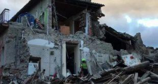 義大利中部古城阿瑪特里斯(Amatrice)發生芮氏規模6.2地震,目前已知至少38人死亡。(翻攝網路)