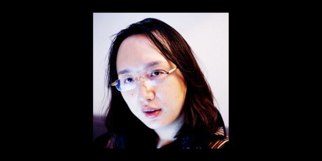 唐鳳說,他在行政院人事資料表上,政黨欄和性別欄填的都是「無」。(唐鳳提供)