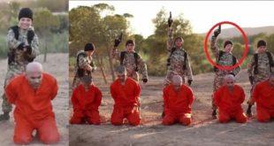 男童(紅圈處)是英國人喬治(Joe George),被IS利用處決人犯,震驚國際。(翻攝網路)