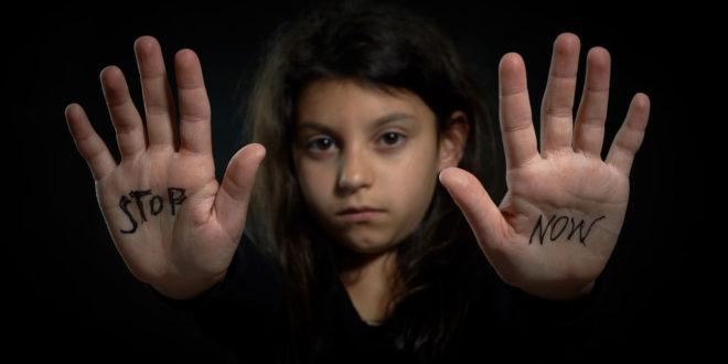 高男刻意和未成年的女生交往,利用對方對性懵懂無知,並發生性行為,犯罪心態可議、惡性不輕,依刑法「姦淫幼女罪」判高男4年徒刑,可上訴。(圖為示意圖非本人)