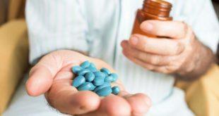 醫師表示,睪固酮素或促雄風的補品在男性更年期患者不是不能補充,不過需要先找醫生抽血確認睪固酮是否低下,以及檢測前列腺特異抗原PSA排除攝護腺癌的可能。(圖片來源/網路)