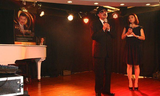 多重身份的余天,表示引退歌壇後將投入公益及政治領域,繼續愛台灣。(謝婷婷攝)