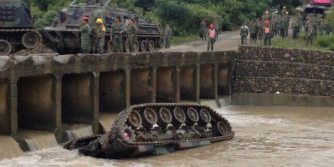 漢光演習中陸軍一台戰車不慎翻落溪中,造成3死1傷。(圖片來源:民眾提供)
