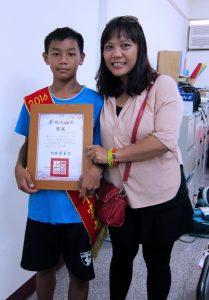 榮獲總統教育獎殊榮小睿。(圖片來源:世界展望會提供)