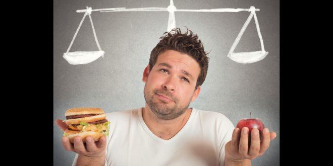 動不動就是大餐?當心長期下來影響膽臟的正常功能,恐誘發無症狀的膽結石和膽息肉,嚴重時可能增加癌變的風險!(示意圖)