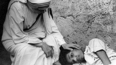 Photo of 癱兒從陰暗角落被救出 殘疾航空學校創始人:德蕾莎修女是我母親