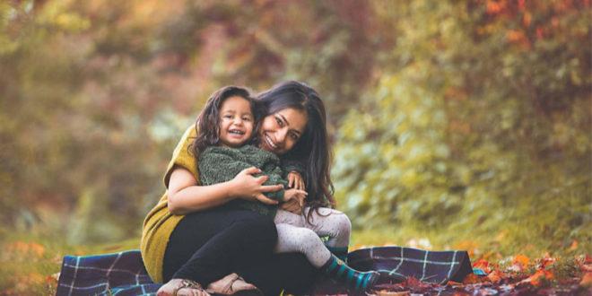 賽媞亞產後憂鬱,曾拒絕女兒,為女兒拍攝出一張張動人的照片做為補償。(圖片來源:Facebook/Sujata Setia)