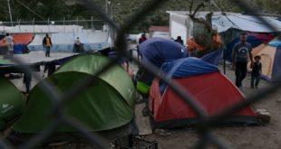 希臘難民營風波不斷,近日驚傳一名巴基斯坦少年慘遭四名同鄉輪姦。(翻攝每日郵報)