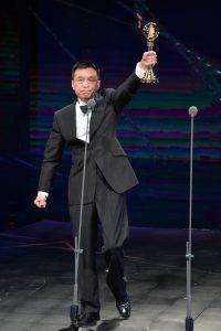 李天柱在台上以完整的主禱文發表感言。(圖片來源:51金鐘提供)