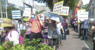 同性婚姻爭議四起,28日上午就有基督教團體到立院門口進行抗議。  圖片來源:民眾提供