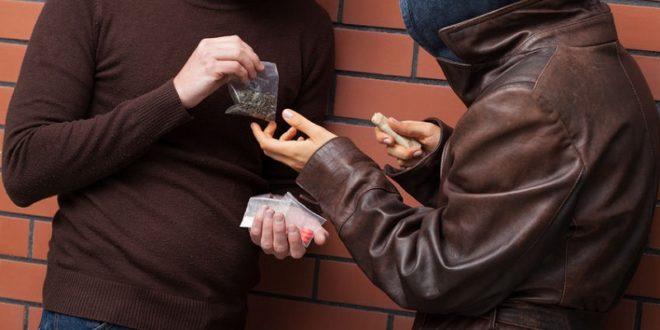 蔡英文總統上台後宣布要對付毒品氾濫問題,但數據顯示毒品氾濫依舊。(圖闢來源:123f)