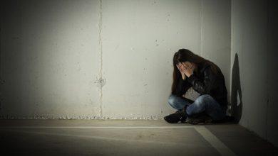 Photo of 「這世界不再需要你了!」線上遊戲灌輸厭世思想 俄逾百名青少年自殺