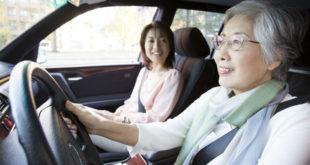 交通部宣布,自明年7月起,高齡75歲以上的汽機車駕駛人,需每兩年重新換照一次。  圖片來源:123RF