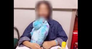 年紀僅19歲的女大學生在今年6月1日騎機車時,意外與吊車相撞,深受重傷,昏迷24天後順利醒來,經復健後現已康復出院。  圖片來源:影片截圖