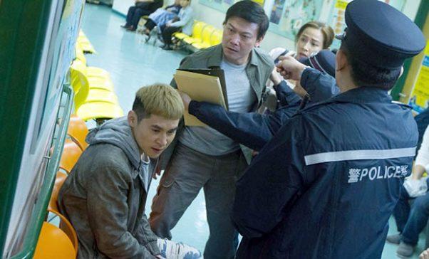 香港潛力小生陳家樂飾演阿旭,一場被父親掌摑痛哭6小時的重頭戲,讓人看了揪心鼻酸。(照片由華映娛樂提供)