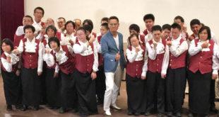 心路基金會年底將舉辦「一路用心守護」2016年慈善音樂會,將邀請音樂教父羅大佑(中)擔任嘉賓。(照片由心路基金會提供)