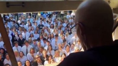 Photo of 400學生為罹癌老師歌唱祝福 癌師日前不幸辭世