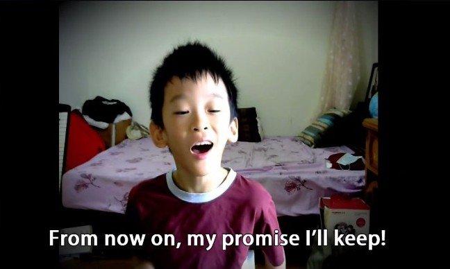 國小5年級生林易富有音樂天賦,會自創音樂上傳網路。(翻攝網路)