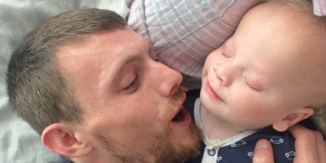 英國男嬰患罕見「無眼症」 喜樂笑容令人心疼