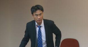 農委會副主委陳吉仲7日前往立院報告開放日本核災區食品進口。  圖片來源:影片截圖