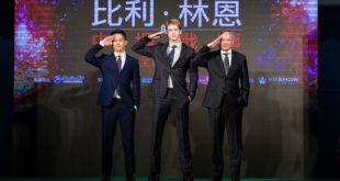導演李安新片《比利.林恩的中場戰事》昨日在台北車站舉辦首映紅毯。(圖片提供:双喜電影)