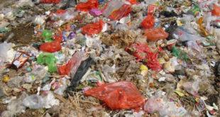 今汪志冰、戴錫欽、李新議員踢爆,中央用一紙「密令」要台北市代燒雲林縣的垃圾,過程中議會都不知道,令議員大罵「吃人政府」。(圖片來源:網路)